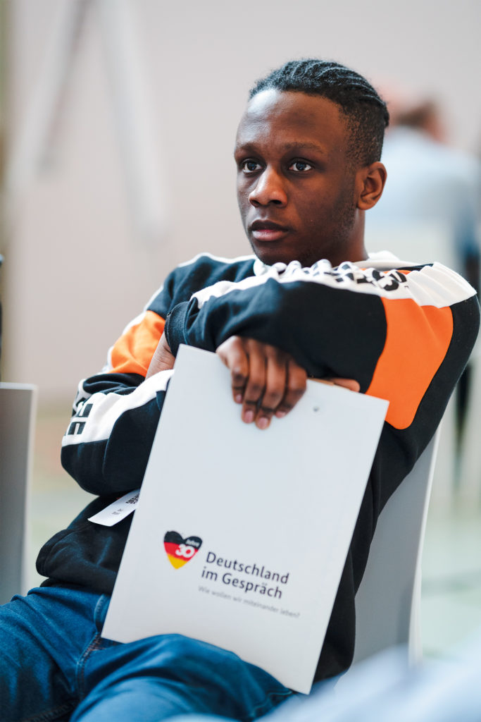 David Dinzolele beim Bürgerdialog in Schmalkalden